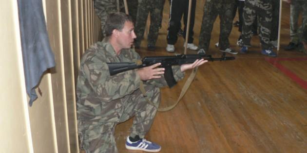 The Kadochnikov Systema: Turning around - an Exercise