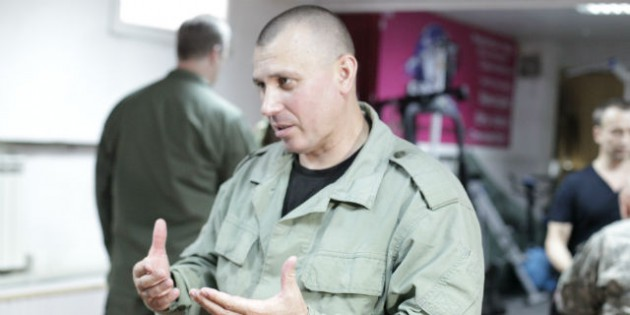 The Kadochnikov Systema: Tiptoeing on your Fingers