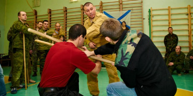 Special Training Exercises for Skills of Fighting Against Several Opponents